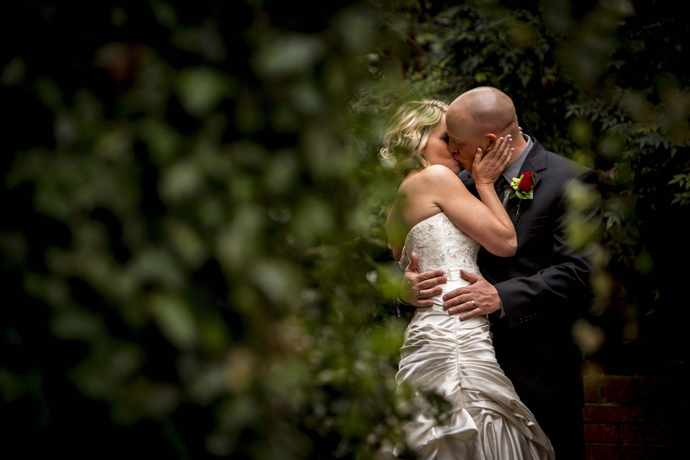 How To Pick A Wedding Photographer Videographer Knox Creative